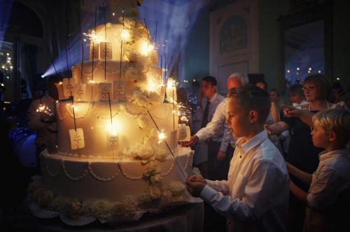 28-lake-como-wedding-planners-sweet-cake-table-cake-(2)