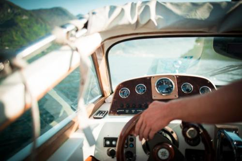 lake-como-wedding-planners-boat